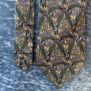 👔 Valentino Cravatte silk necktie. Offer 💵